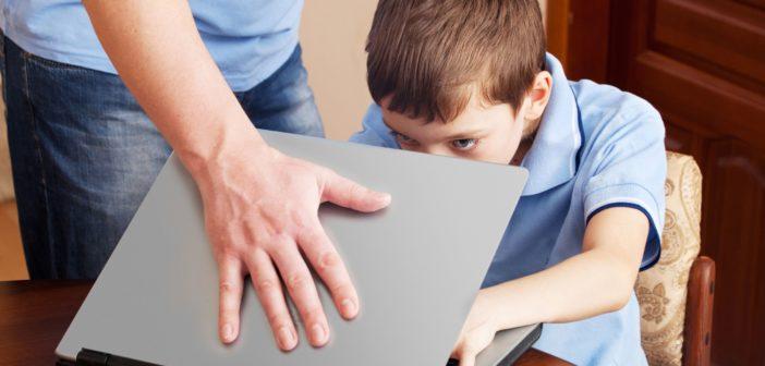 A szülők túlnyomó többsége nem szabályozza gyereke médiafogyasztását