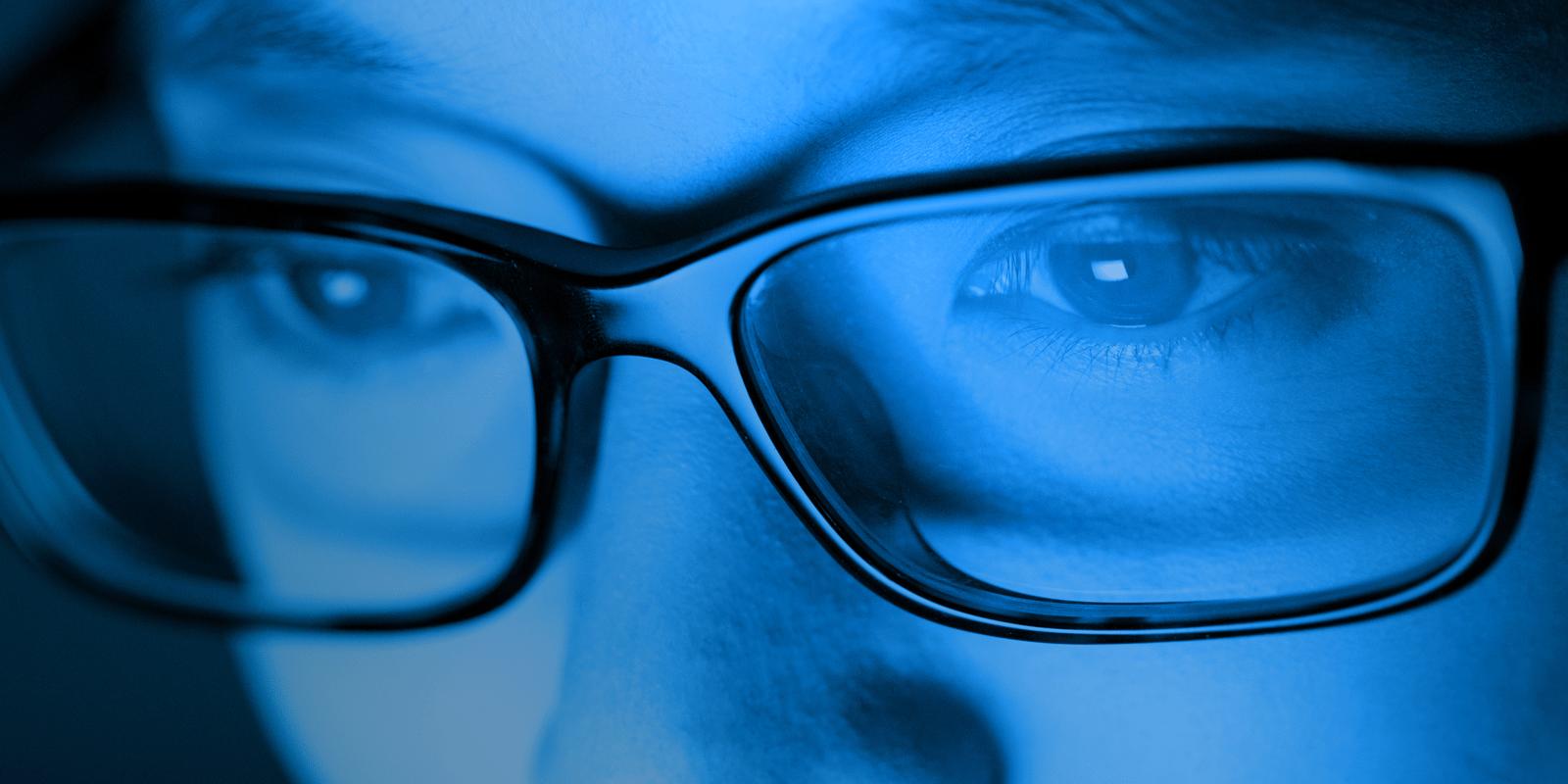 Október a látás hónapja - Védekezés a kék fény ellen