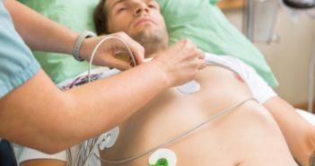 Minden szívdobbanásra figyelni kell – Beszélgetés Dr. Ajtay Zénó kardiológus szakorvossal